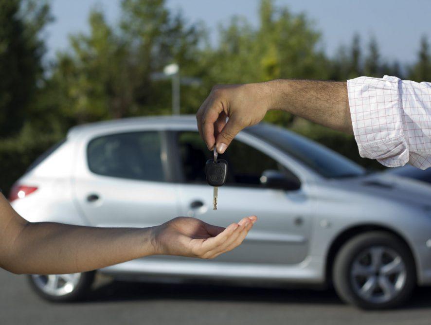 Ważne informacje o kredytach samochodowych – przeczytaj koniecznie